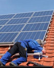 Photovoltaikmodule auf dem Dach