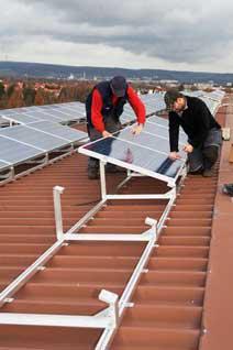 Solarteure betreiben den Photovoltaikzubau
