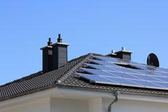 Die Aufgabe der Solarzelle: Strom vom Hausdach zu erzeugen